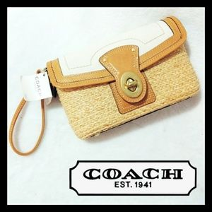 NWT Coach Large Straw Wristlet Wallet